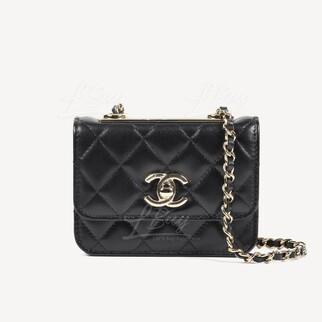 Chanel 金屬片裝飾鍊帶長型小手袋